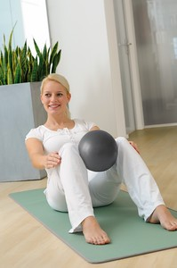Image SISSEL® Pilates Soft Ball- ~26cm - with exercise manual